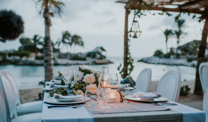 Baoase-Wedding-Beach-Dinner-Rehearsal-672x395